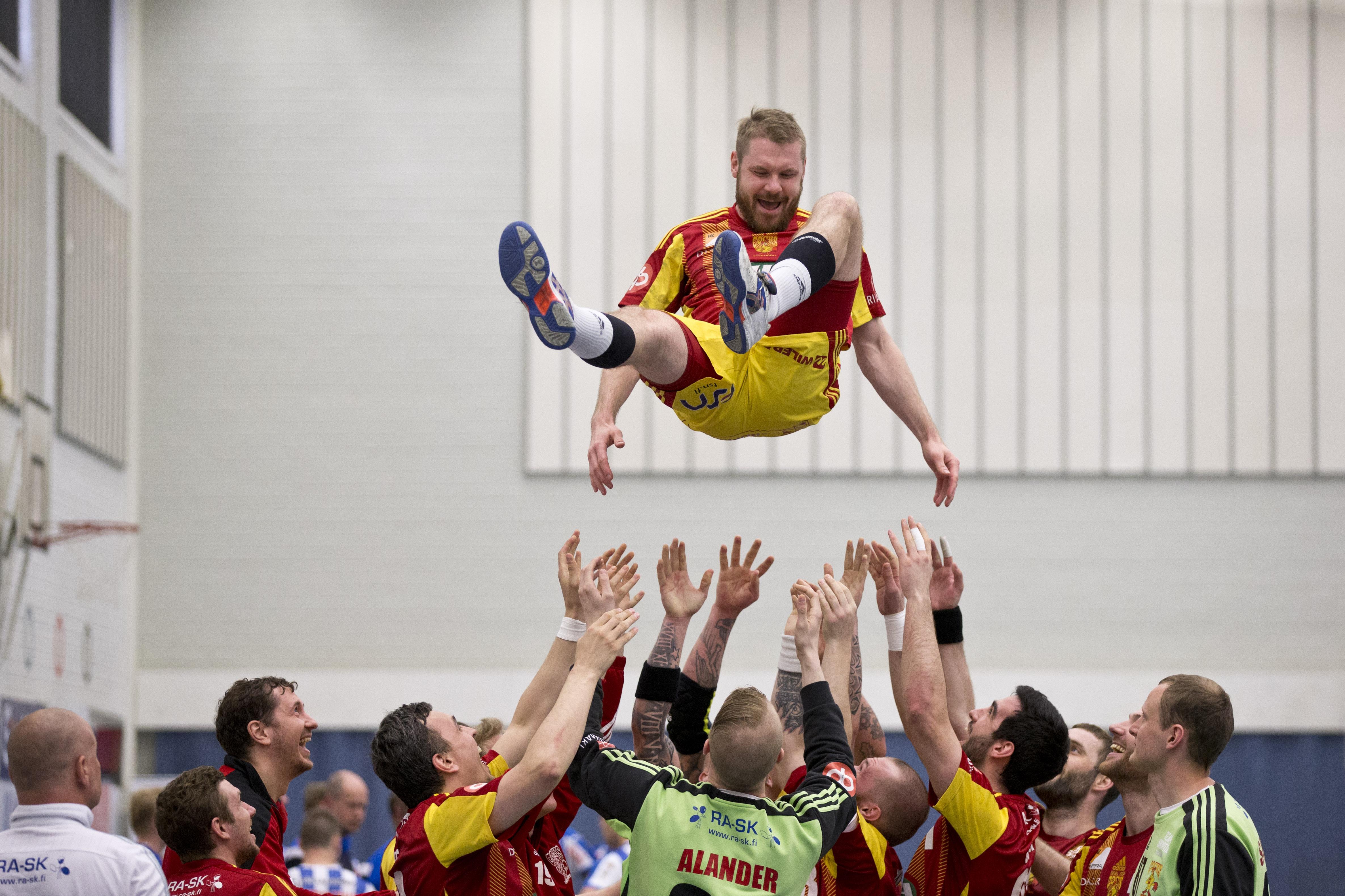 Käsipallo SM-liiga 3. finaali Cocks-BK-46