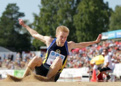 Kristian Pulli 3-loikkaa Kalevan kisoissa 28.7.2013. Kaarlen Kenttä,  Vaasa.