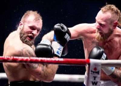 Franz Rill vs. Robert Helenius Kohti maailman mestaruutta -ilta 20.12.2015. Hartwall Areena, Helsinki.
