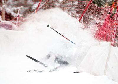 Jonas Baumann kaatuu 15km hiihdossa Ruka Nordicisssa 27.11.2016. Ruka, Kuusamo.