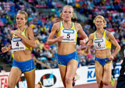 Lovisa Lindh, Anna Silvander ja Sofia Öberg  Ruotsiottelussa 3.9.2016. Ratina, Tampere